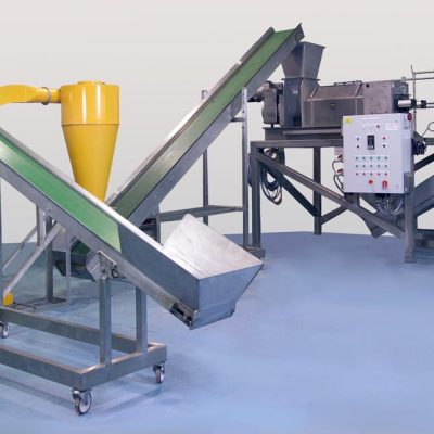 Conveyor for the Dairy Industry